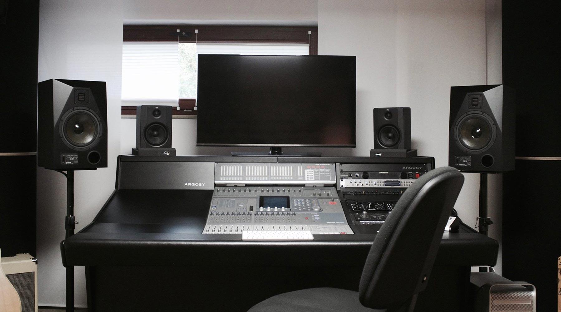 Mainmix Studio - Regie 2